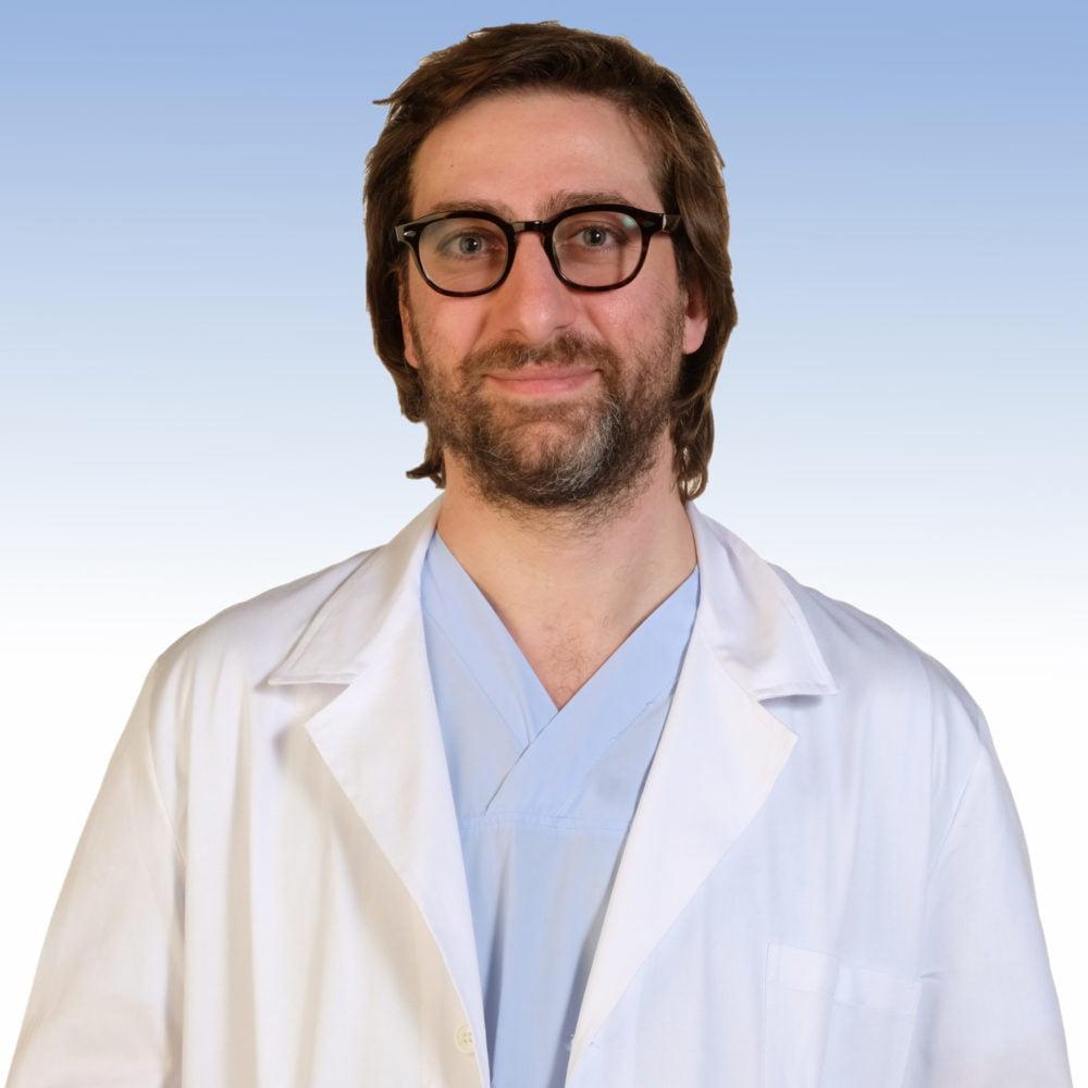 Dottor Marco Bonomo, Ortopedia e Traumatologia dell'IRCCS Ospedale Sacro Cuore Don Calabria di Negrar
